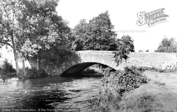 Lowick Bridge, River Crake c1955.  (Neg. L462009)  © Copyright The Francis Frith Collection 2008. http://www.francisfrith.com