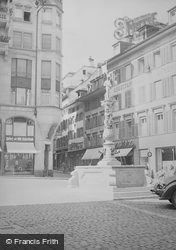 Kapellplatz, Fritschi Fountain c.1935, Lucerne