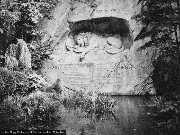 Photo of Lucerne, The Lion Monument 1938