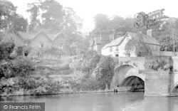 At Ludford Bridge 1923, Ludford