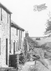 Fanny Hands Lane, Cottages c.1950, Ludford