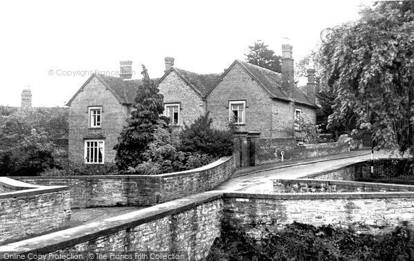 Photo of Ludford, Lodge c.1960