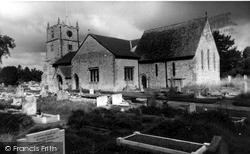 Ludgershall, St James' Church c.1965