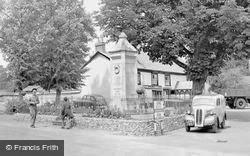 Ludgershall, The War Memorial c.1950