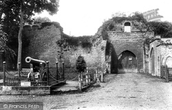 Ludlow, Castle Entrance 1910