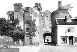 Ludlow, The Broad Gate 1923