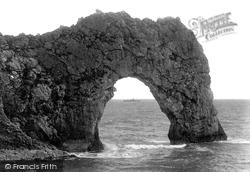 Durdle Door 1903, Lulworth Cove