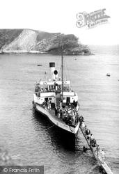 Going Ashore c.1950, Lulworth Cove