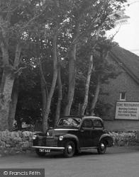 Old Car c.1950, Lulworth Cove