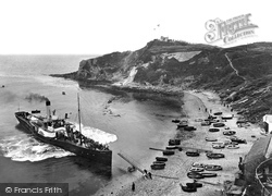 The Steamship 1925, Lulworth Cove