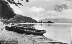 The Shore c.1933, Luss