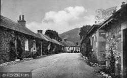 The Village c.1935, Luss