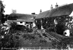 Lustleigh, Cleave Hotel 1906