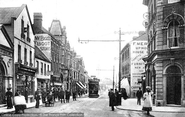 Photo of Luton, Manchester Street c.1900