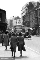 Luton, Manchester Street c.1955