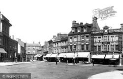 Luton, Park Square 1897