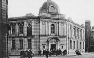 Luton, Public Library c1900