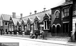 The Higher Grade School 1897, Luton