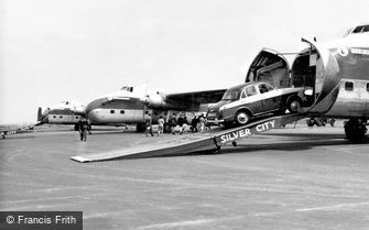 Lydd, Aircraft Loading, Ferryfield Airport c1960