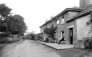Lydford, Dartmoor Inn 1922