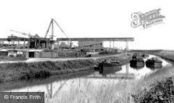 Lydney, The Canal c.1960