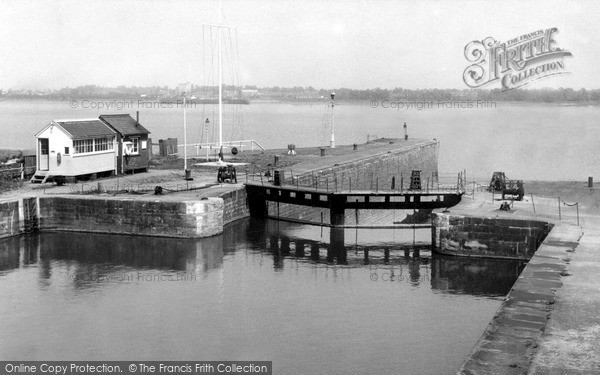 Lydney, the Harbour c1960