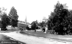 Entrance To Village 1900, Lyndhurst