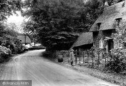 On Brockenhurst Road 1918, Lyndhurst