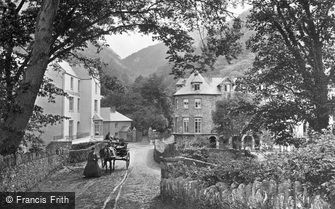 Lynmouth, entrance to the Village c1870