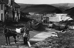 The Postman 1907, Lynmouth