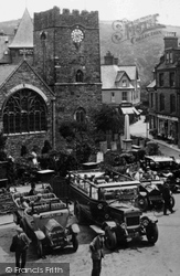 Lynton, Charabancs By The Church Of St Mary The Virgin 1929