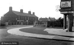 Golf Road Corner c.1955, Mablethorpe