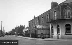 Mablethorpe, Louth Hotel c.1950
