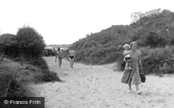 Mablethorpe, To The Seafront c.1950