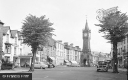 Machynlleth, Pontrerhedyn Street 1957