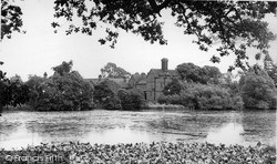 Madeley, Offey Arms And Pool c.1955