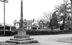 Madley, The Old Cross And Town House c.1955