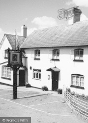 Madley, The Red Lion c.1965