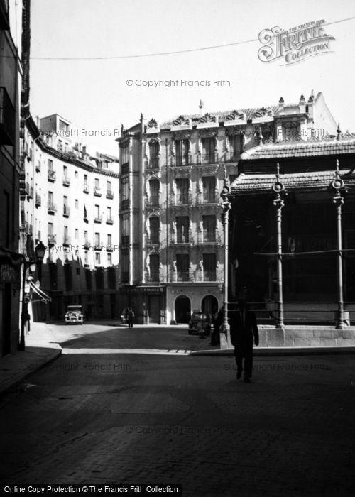 Photo of Madrid, Cara De San Miguel 1960
