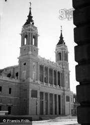 Madrid, Cathedral Of Nuestra Senora De La Almundena 1960