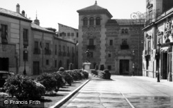 Madrid, Plaza De La Villa Calle Mayor 1960