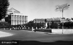 Madrid, Plaza De Oriente 1960