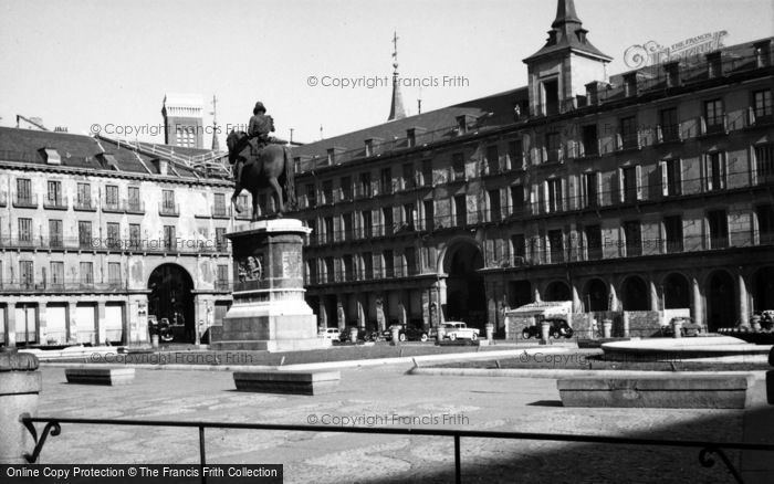 Photo of Madrid, Plaza Mayor 1960