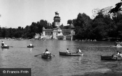Madrid, Retiro Park 1960