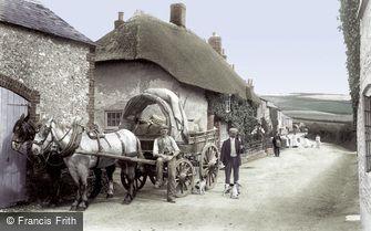 Maiden Newton, Dorchester Road 1906