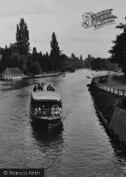 Maidenhead, A Thames Pleasure Boat 1925