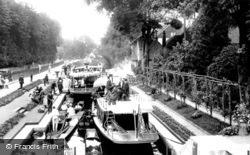Maidenhead, Boulter's Lock 1913