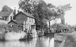 Maidenhead, Boulter's Lock c.1950