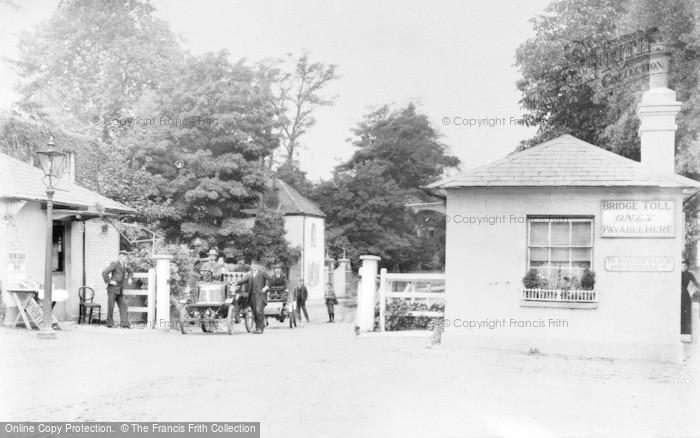 Photo of Maidenhead, Bridge, The Toll House c.1905