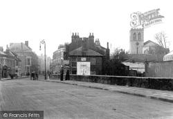 Maidenhead, High Street, Looking West 1903